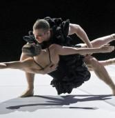 בולרו X3 מופע בלט מודרני של בלט גטבורג