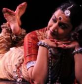 מופע מחול הודי נריטיאגראם SRIYAH עשור של עשיית ריקודים
