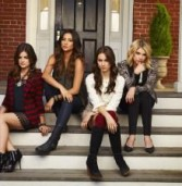 """""""שקרניות קטנות"""" (""""Pretty Little Liars"""") עונה חדשה"""