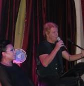 עליזה אביב ושמעון פרנס הופיעו בערב יווני בקפה יפו