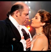 """שבת של זהב בניחוח צרפתי  בבית האופרה מ""""לה בוהם"""" ל""""לה טרוויאטה"""":"""