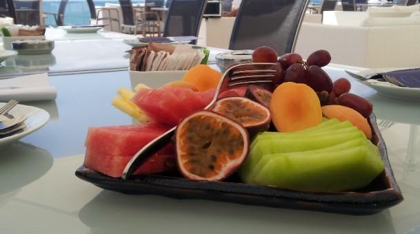 """מלון הילטון מציג: אוכל בריא עם התזונאית ד""""ר אולגה רז"""