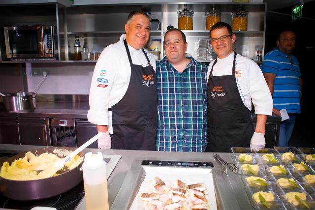 השף גילי חיים  השף אבי שטייניץ והשף בני קריספי צילום אנצ'ו גוש