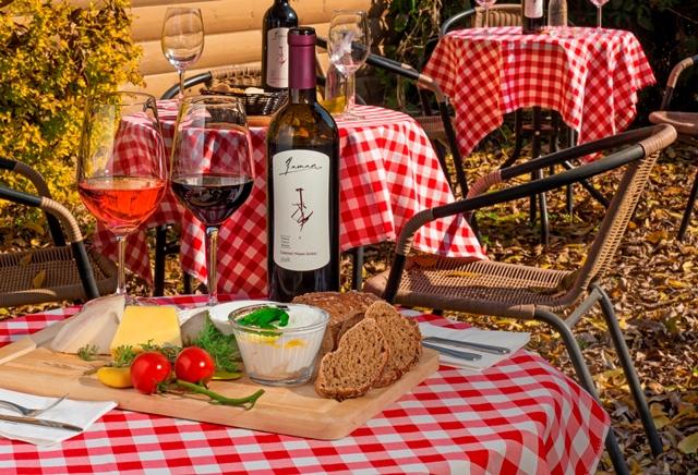 אירוע ביקב רמאן - 6.6.2015 הכניסה חופשית טעימות יין וגבינות בוטיק צילום אייל גוטמן