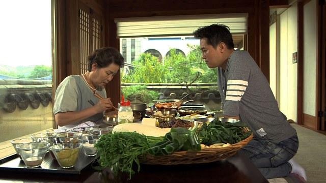 Korean chef Edward Kwon and Yu Inja on CNN Culinary Journeys_1