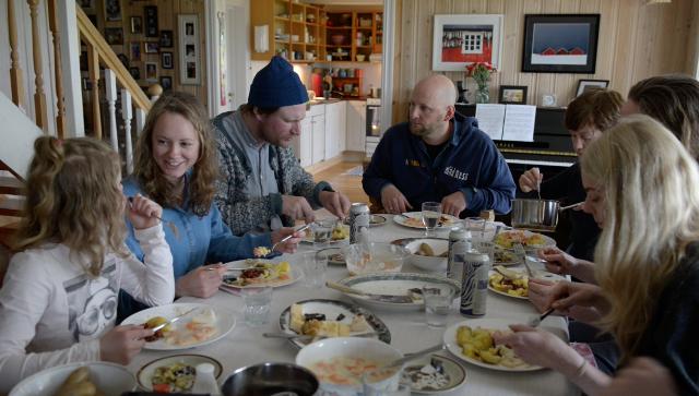 Dinner at Erling Heknebys home, in Nordskot