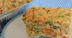 פשטידת ירקות כתומים ואפונה