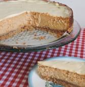 עוגת גבינת שמנת ריבת חלב עם דלעת בציפוי שוקולד לבן