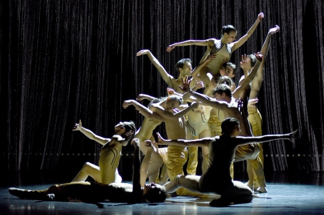 Regina Brocke תיאטרון מחול שוטוגרט - צילום