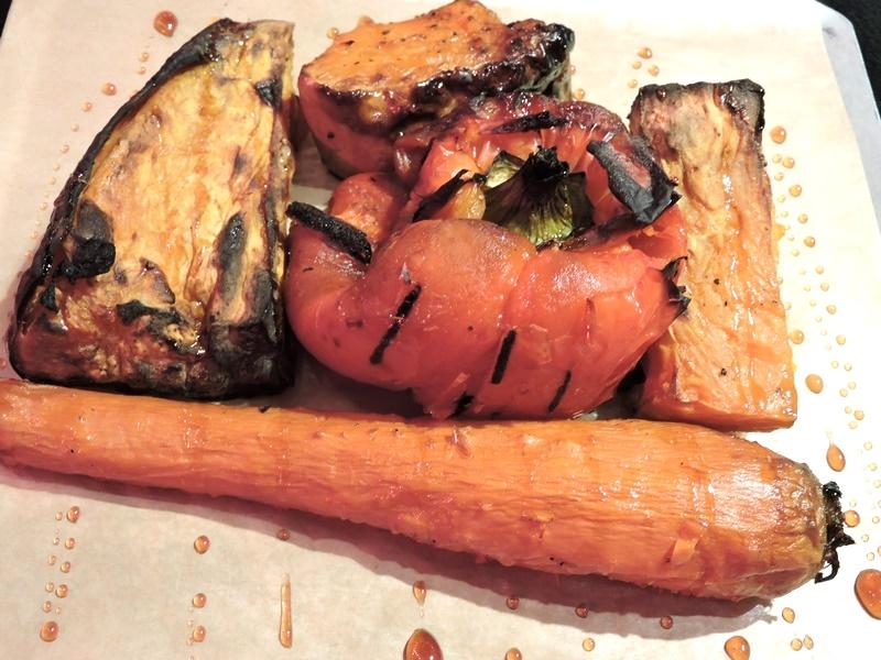 ירקות כתומים בתנור