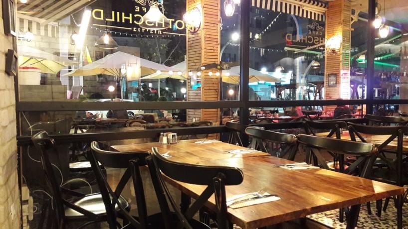 20180307_21403מסעדה3