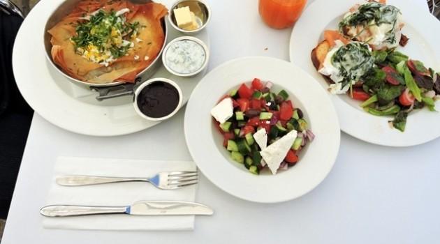 ארוחת בוקר במסעדת נחמן בכיכר המוסיקה בירושלים