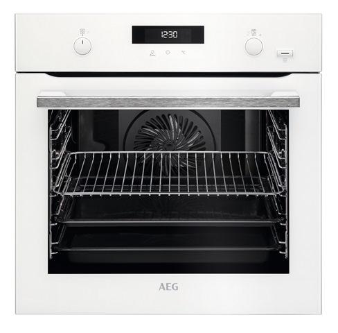 מיניליין יבואנית AEG ואלקטרולוקס משיקה סדרה של תנורי בישול ואפייה בטכנולוגיה חדישה –בתמונה תנור מדגם BPE255632W AEG oven SteamBake Pyro מ_