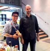 Tito's handmade Vodka במיזם פילנטרופי במרכז נא לגעת