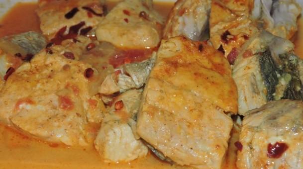 דג מוסר עם חלב קוקוס בסגנון הודי