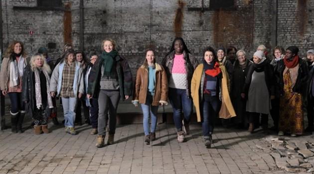 """""""מועדון הנשים השקופות""""-(Les Invisibles) בקולנוע"""