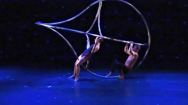 מומיקס במופע ייחודי מקורי מעולה VIVA MOMIX