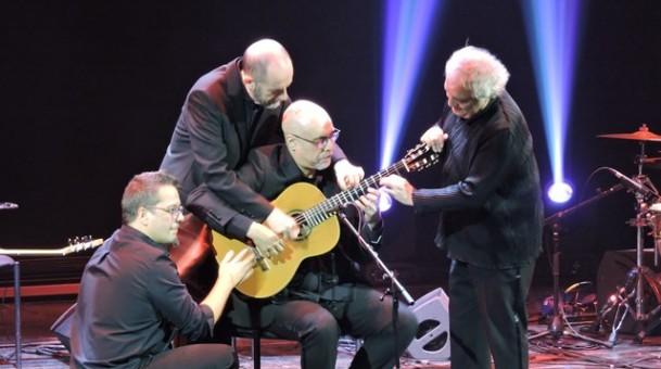היישר מספרד הווירטואוזים מברצלונה – Barcelona Guitar trio & Dance