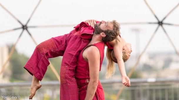 לידת הפניקס עם להקת ורטיגו בסוזן דלל – מופע המחול  הראשון עם החזרה  לפעילות