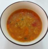 מרק עדשים צהובות ואדומות עשיר טעם